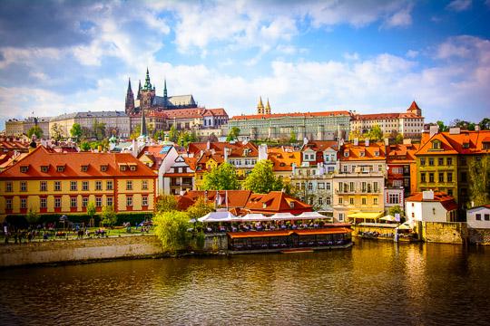 Školní výlet Praha a památník Terezín