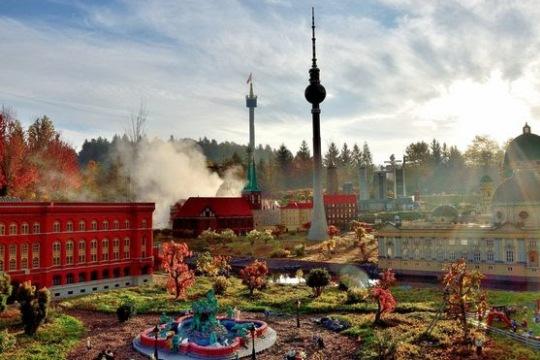 Školní zájezd Legoland. Vstupné v ceně.